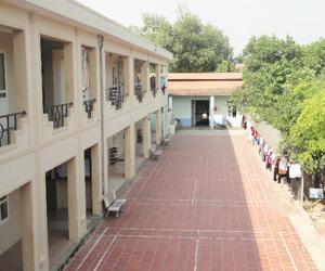 学校施設(学生寮棟)